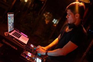 Servicio DJ para Boda Villa Montaña 8